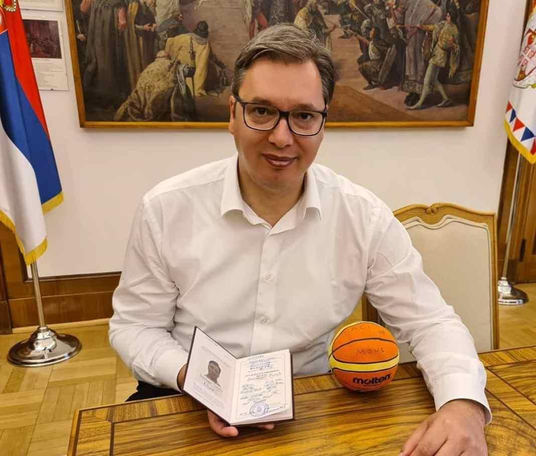 POČELO JE: Vučić dobija 1. spomenik u znak zahvalnosti 1