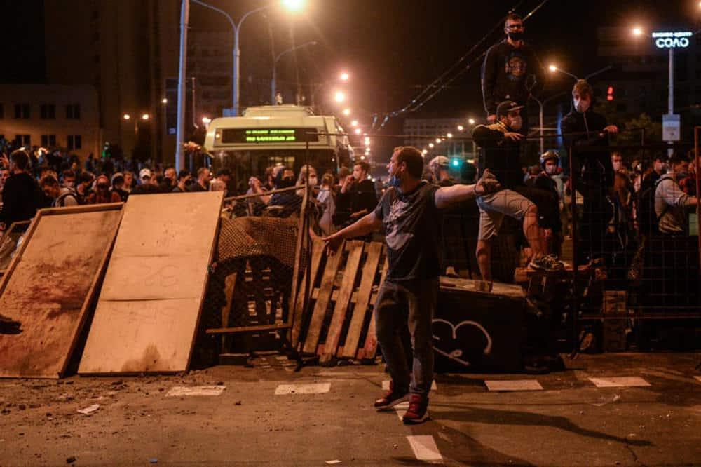 ANTIFA GAZI PO BELORUSIJI: Izazvani novi neredi i sukobi u Minsku 1