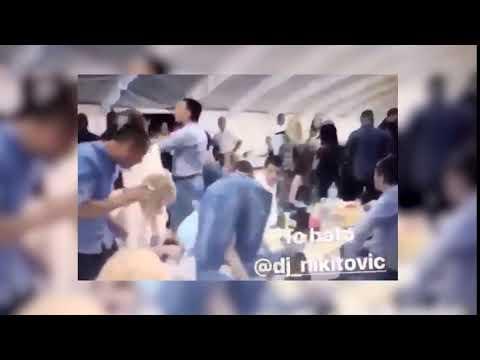PIJAN PADA PREKO STOLA: SNS predsednik opštine Požega u provodu 1