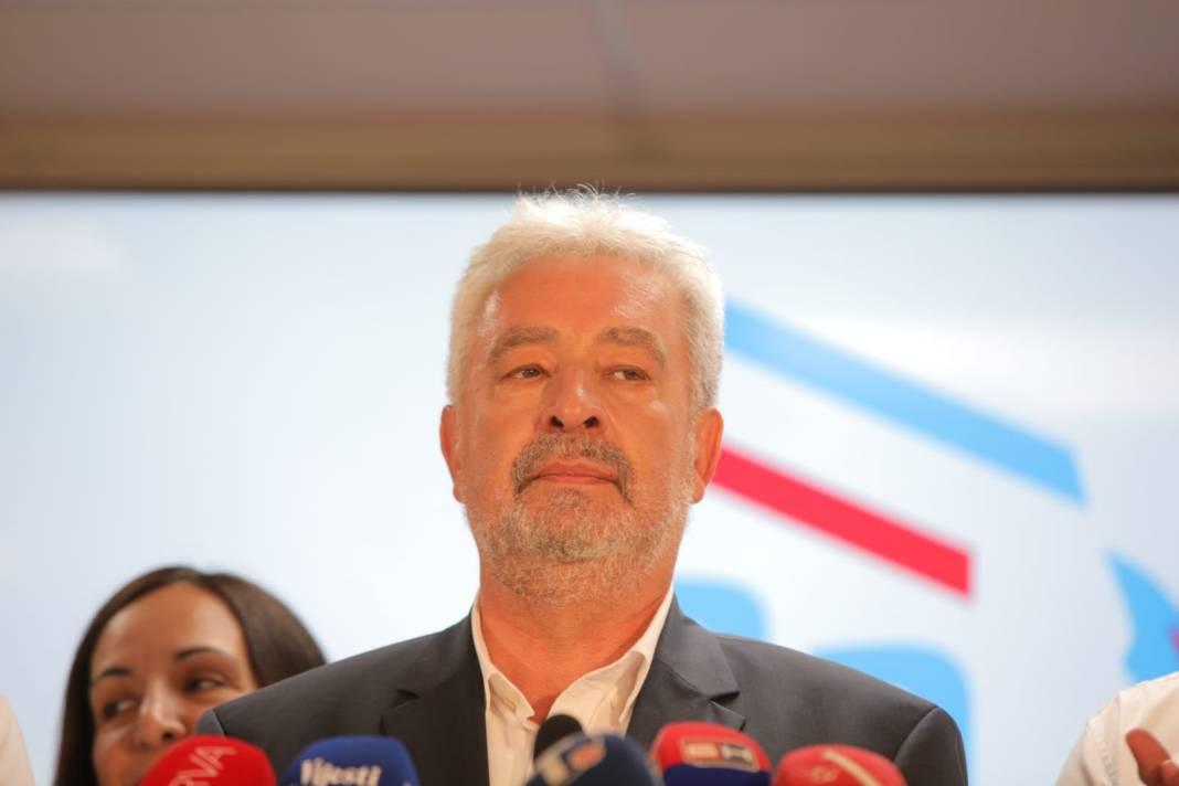 KRIVOKAPIĆ PREDSTAVIO VLADU: Abazović potpredsednik, Sekulović ministar policije 1