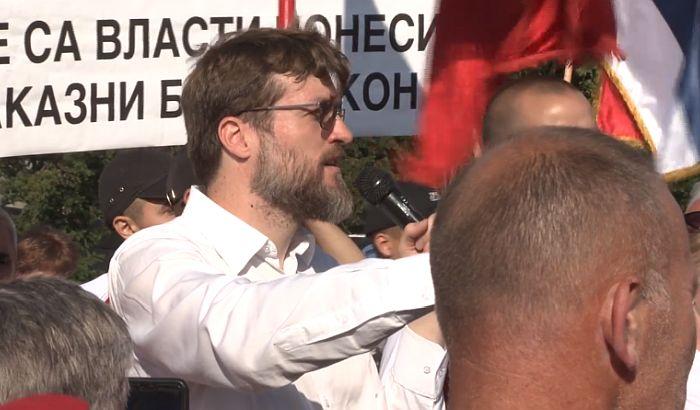 NOGO PORUČIO: Čudo da u Srbiji nema 10 Baka Coki! 1