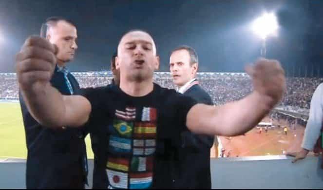 VUČIĆ OTKRIVA: Evo ko je čovek koji je na stadionu vikao Vučiću pede*u 1