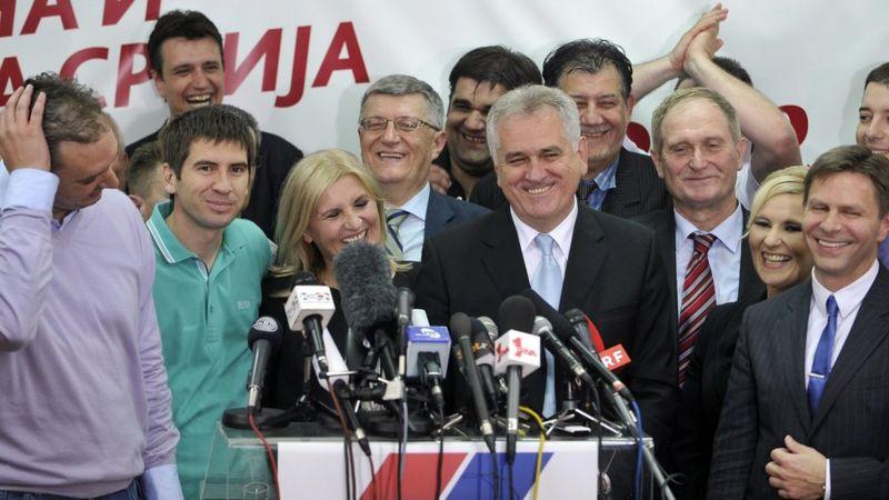 SNS: Gde su ljudi koji su osnovali ovu stranku? 1