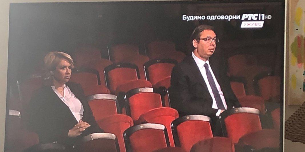 ONI SU POSEBNI: Pozorište radi samo za Vučića i Kisić 1