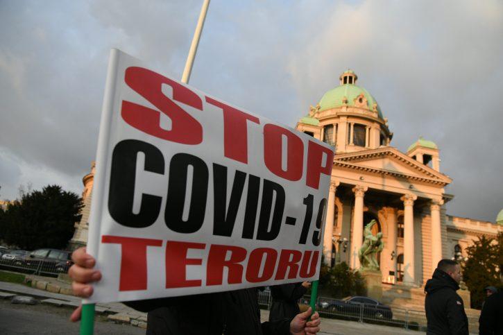 SRPSKI RADNICI SE DIGLI: Pozivaju na protest ispred Vlade 3