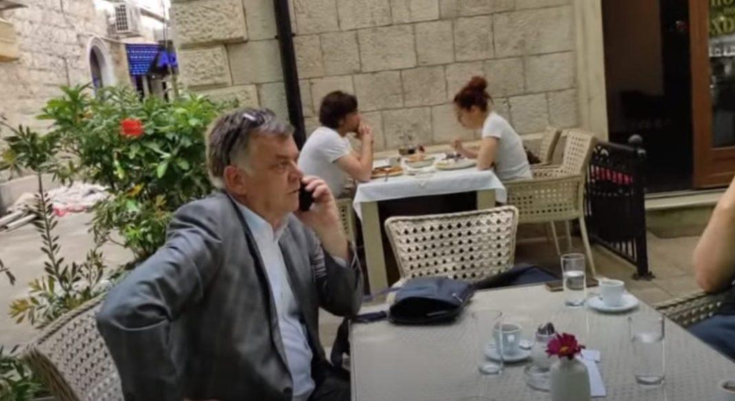 ODBORNIK JE*AO MAJKU MAFIJAŠKIM SUDIJAMA: Marš na posao, sedite u kafani usred bela dana! ODGOVARAĆETE NARODU! (VIDEO) 1