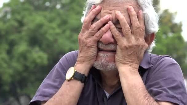 NEVIĐENA PLJAČKA: Deki ne daju penziju već godinu i po dana, država ga prevarila! 1
