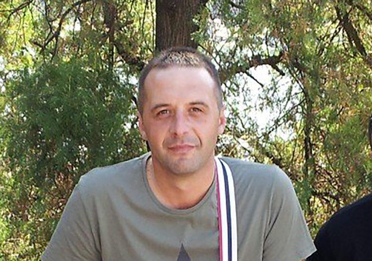 OVAJ ČOVEK JE UMRO ZBOG VUČIĆA: Vlast preti da se ne sme saznati istina o Stojkoviću! 1