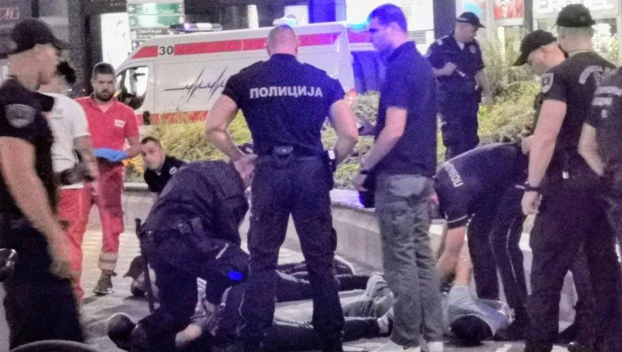 PRAVE OD SRBIJE KLAONICU: Migranti se potukli u centru Beograda, sevali noževi! 3