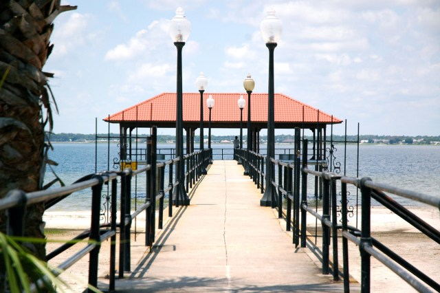Downtown Sebring is nestled on the shores of Lake Jackson.