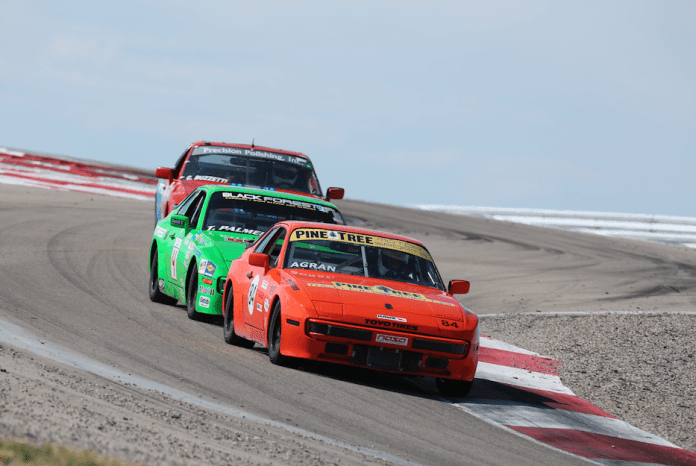 NASA Midwest's Neal Agran took home a hard-fought second place in 944 Spec.