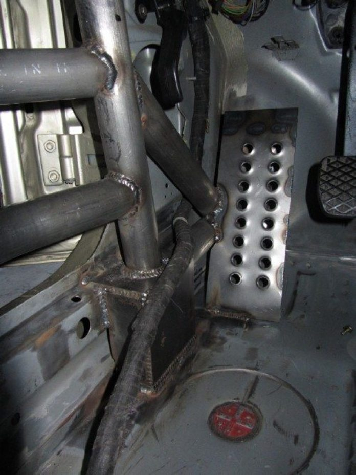 Though pressed for time to finish the car, Strong included a fabricated dead pedal.