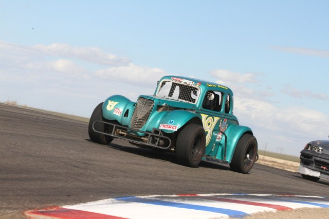 Steve Wilson logged a slightly faster lap time, but came up just 5.3 seconds short to finish in P2 in Legends.
