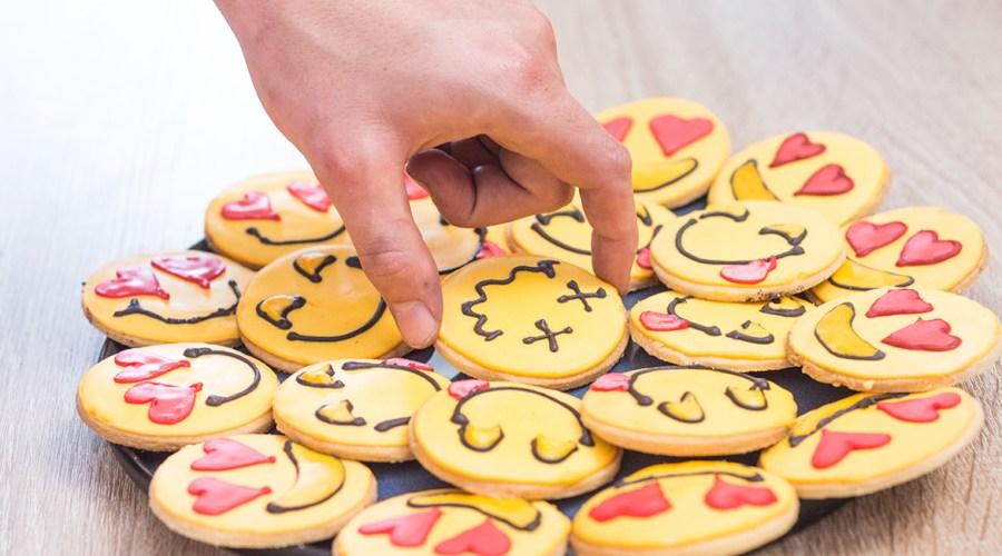 Emoji Cookies :) ;) :P