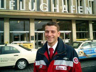 Thomas Vorbach, LIeferjunge für eisgekühlte Organe. Johanniter-Unfall-Hilfe