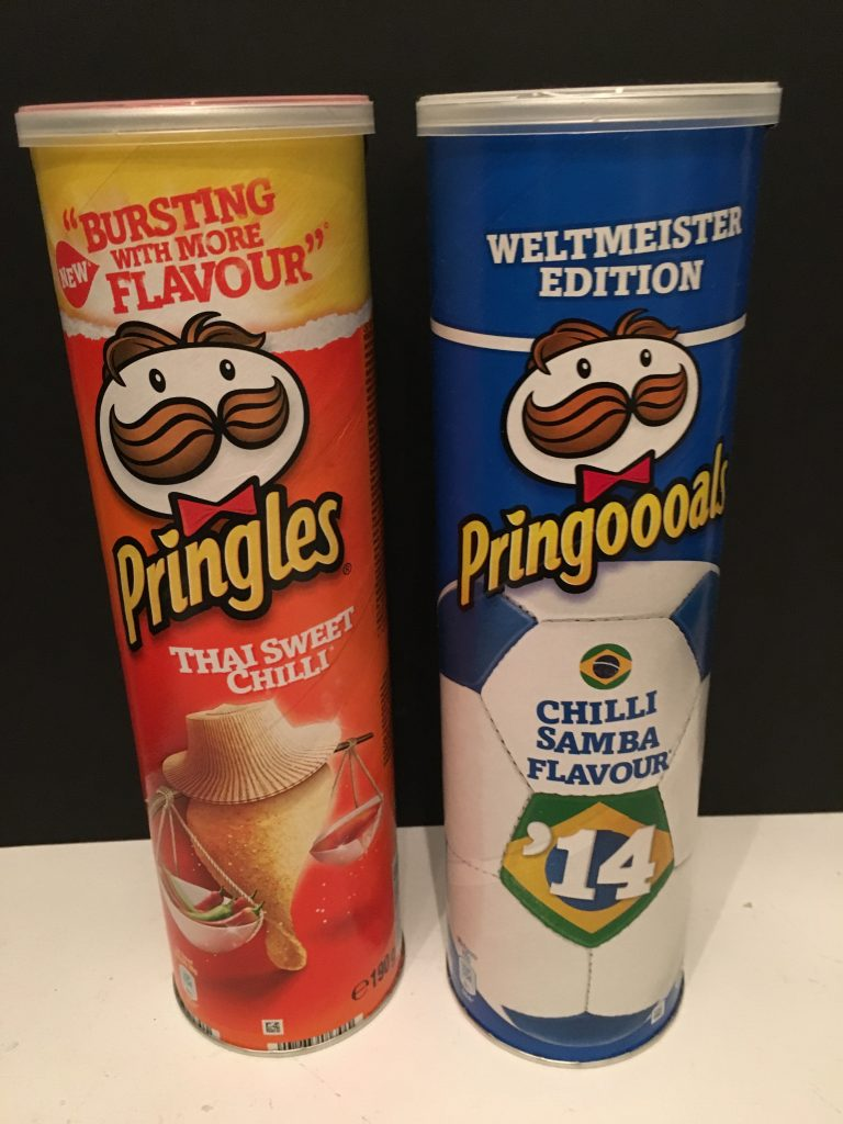 Pringles Thai Sweet Chilli und Chilli Samba Flavour (Weltmeister Edition / Pringoooals)