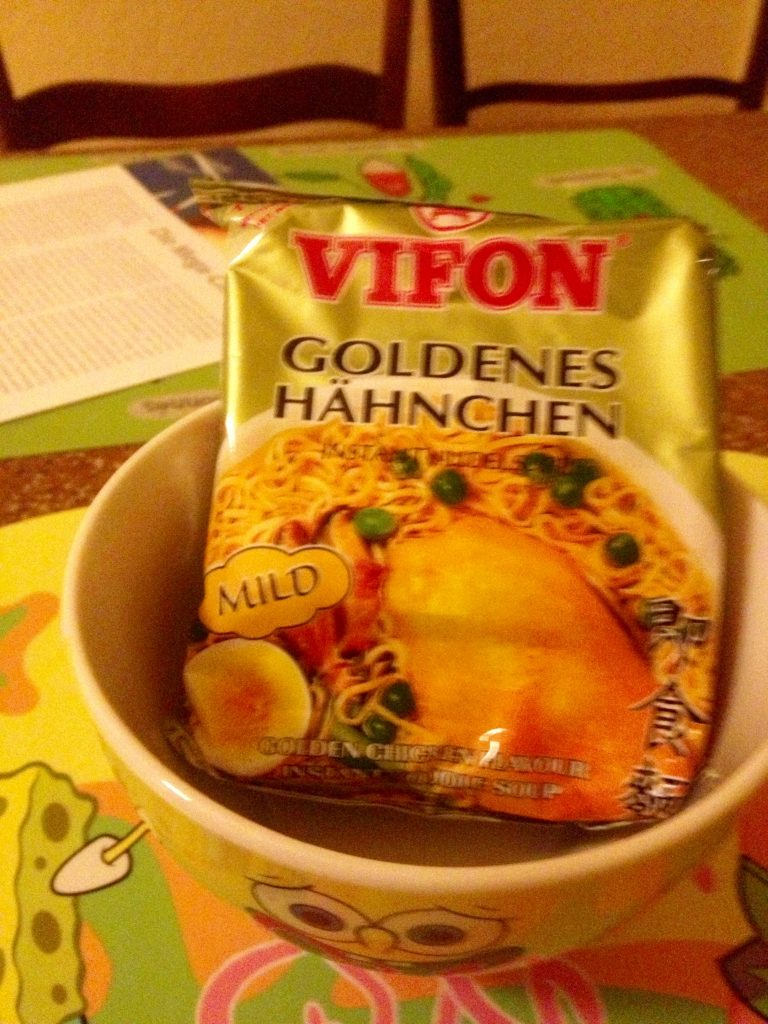 China Tütensuppe Goldenes Hähnchen