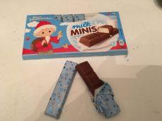 Stäbchen-Schokolade mit Milchcremefüllung Sandmännchen