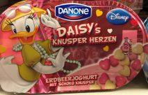 Danone hat gleich einen Ganz Sack Rechte für Disney-Figuren gekauft und verwenden zum Beispiel Daisy für einen Joghurt mit Knusperherzen.