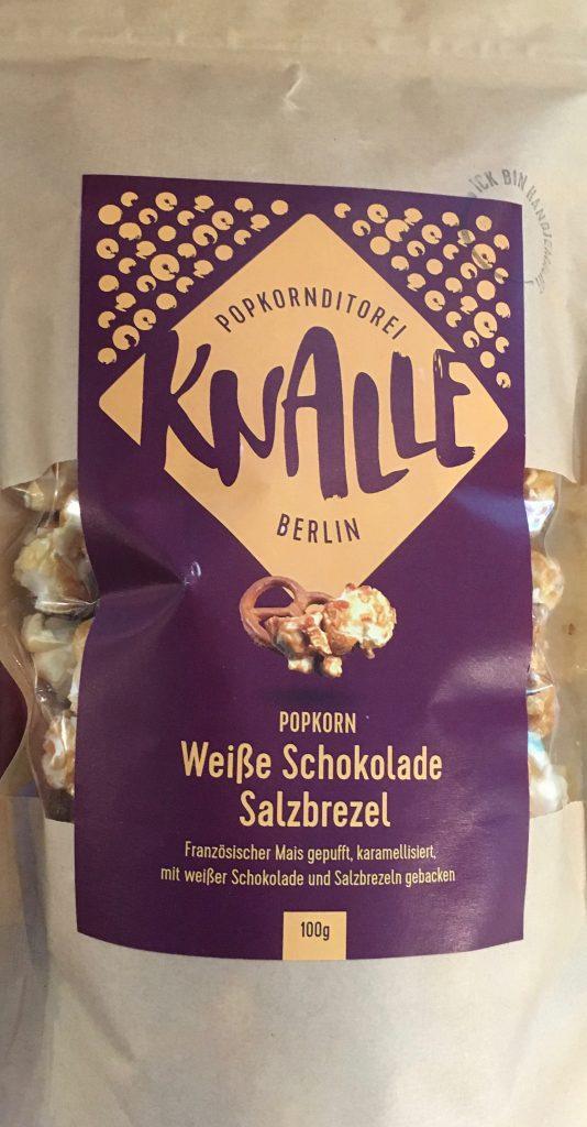 Knlle Popcorn mit Weißer Schokolade und Salzbretzel.