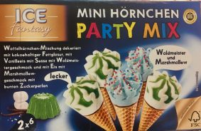 Speiseeis mit Marshmallow Waldmeister Streusel Blaues Eis