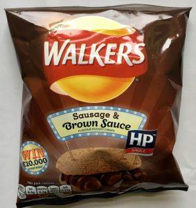 """Walkers macht wirklich viele Crossbrands (sehr vernünftig), diese Chips sind mit HP-Sauce und heißen """"Würstchen mit brauner Soße"""" - toll, Engländer müsste man sein!"""