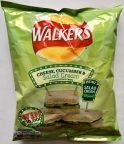 """Sorry, Walkers, das gibt einen Punktabzug, aber dieses angebliche Caesar Salatcreme schmeckt eher wie """"Sylter Soße"""" und damit eindeutig zu viel nach saurer Sahne, dagegen fehlt das typische Sardellenaroma und erst recht die Parmesan-Note. Bah, geht gar nicht. Sorry...."""