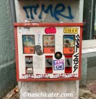 Geschundener Kaugummiautomat in der Yorkstraße-Kreuzberg