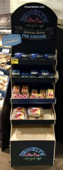 Brooklyn Coffee Bar Donut Display bei Rewe