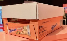 """""""Blonde"""" Manner-Sticks im Karton für 4,00 Euro."""