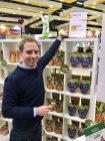 Doerrwerk Philipp zeigt Sweetie-Auszeichnung ISM 2019