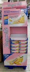 Ferrero Yogurette Mango Lassi Sonderedition, gesehen im April 2019 bei real in Neuruppin.
