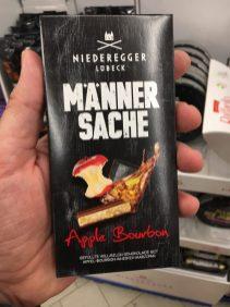 """Niederegger Lübeck Männersache """"Apple Bourbon"""" Gefüllte Vollmilchschokolade mit Marzipan"""