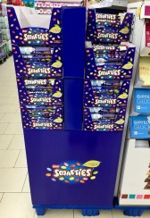 Nestlé Smarties Display Juni 2019