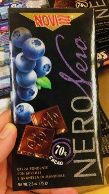 NOVI NERO 70% Kakao Blaubeere