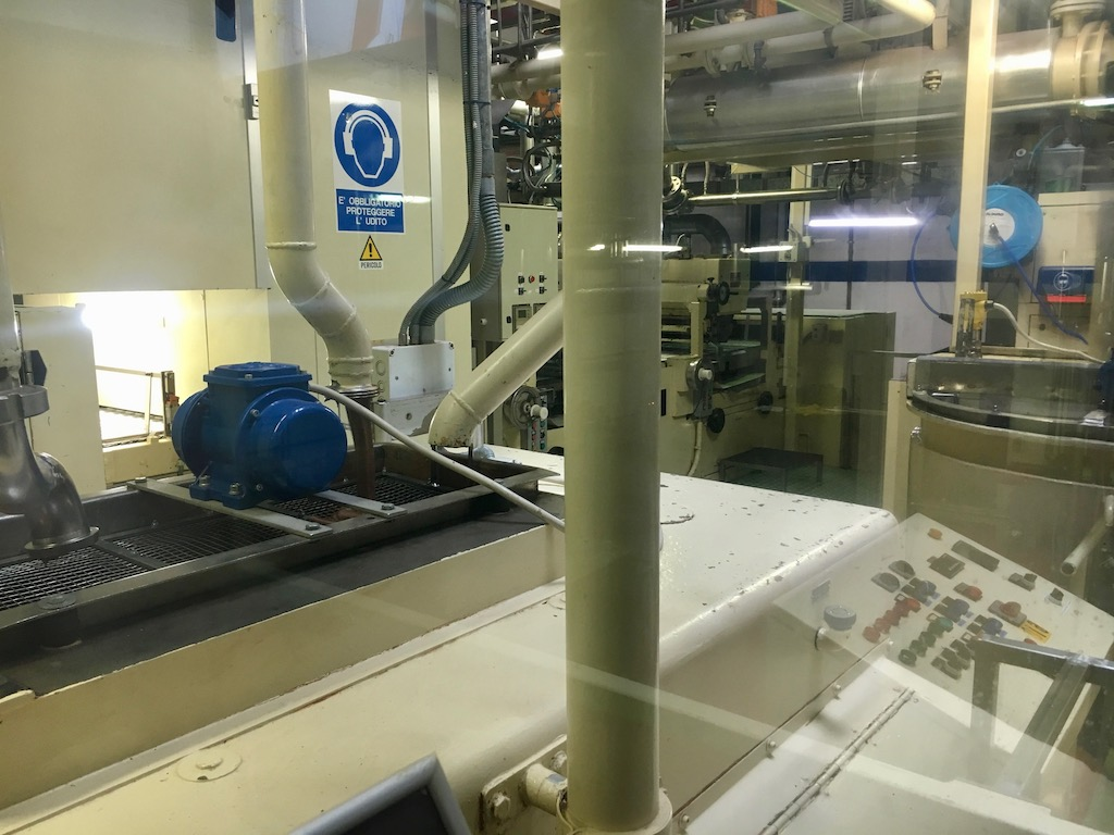 Alprose Lugano Schokoland Fabrikhalle