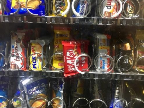 Süßigkeitenautomat KitKat Bad Luck Pech Panne