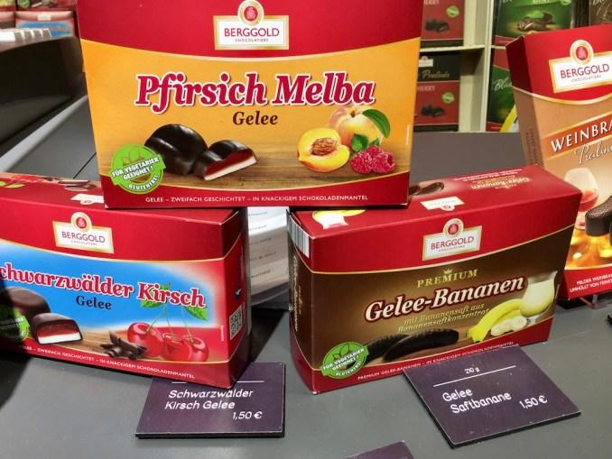 Berggold Pfirsich Melba Schwarzwälder Kirsch und Gelee-Bananen