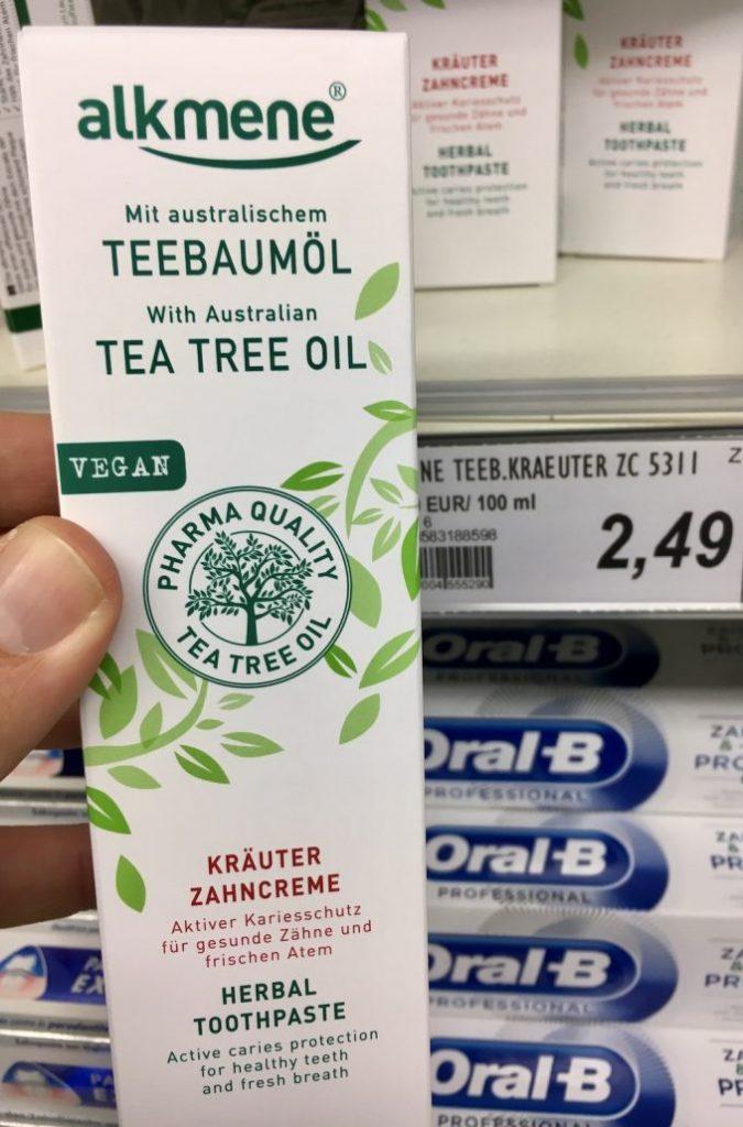 alkmene Teebaumöl Kräuter-Zahncreme