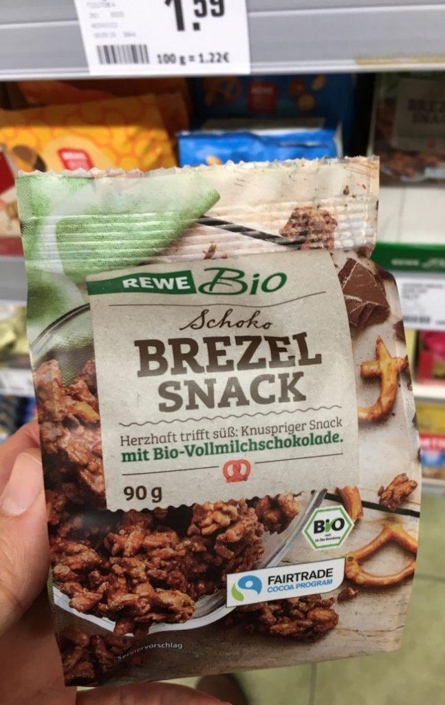 REWE Bio Schokobrezel Snack mit Bio-Vollmilchschokolade 90G