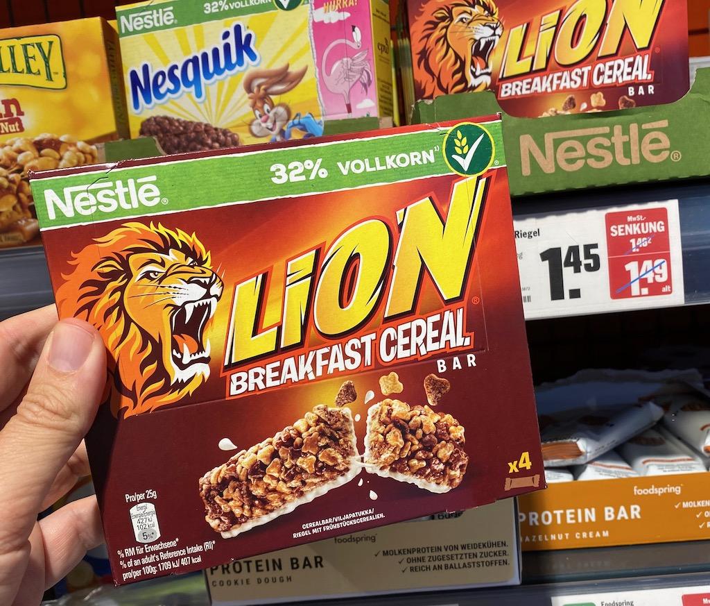 Nestlé Lion Breakfast Cereal Bar 4er