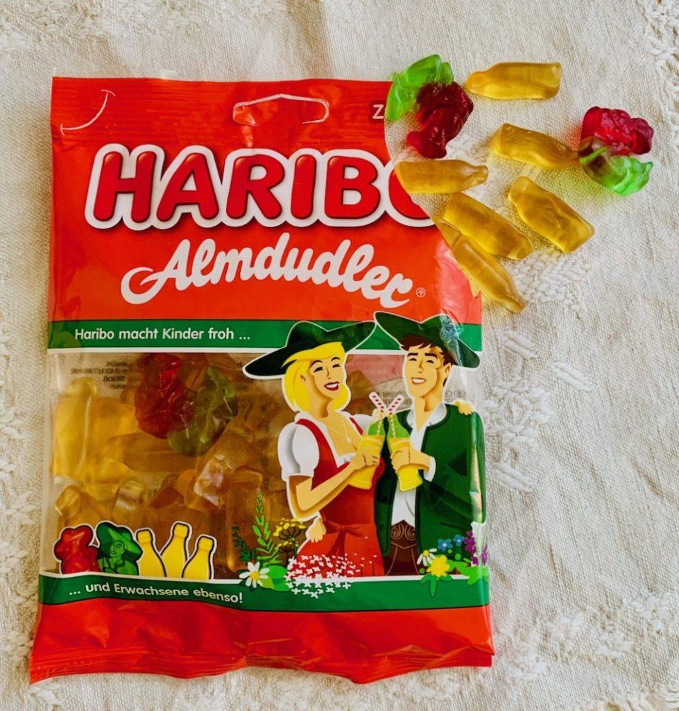 Haribo mit Almdudler-Geschmack und Almdulder-Look.