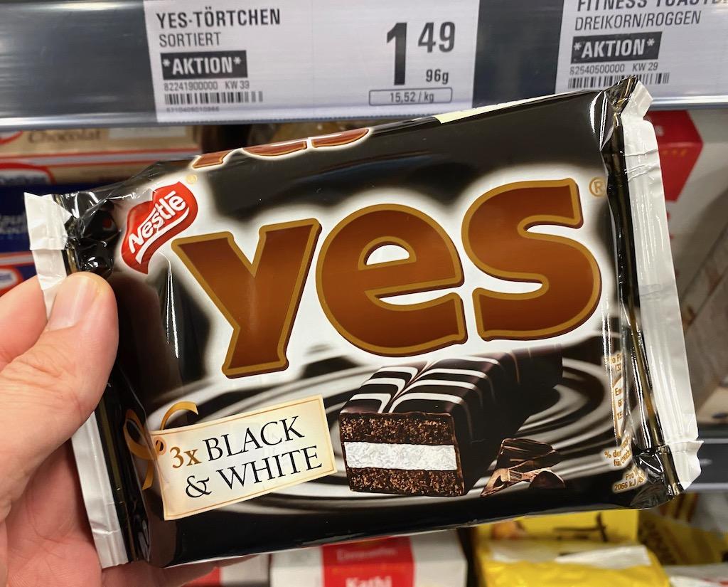 Nestlé Yes Torty Black+White 3er 96G
