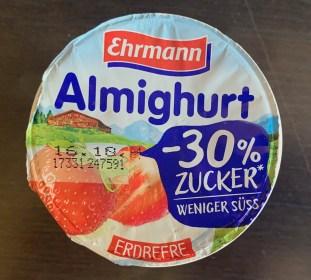 Ehrmann Almighurt Erdbeere -30% Zucker weniger süß