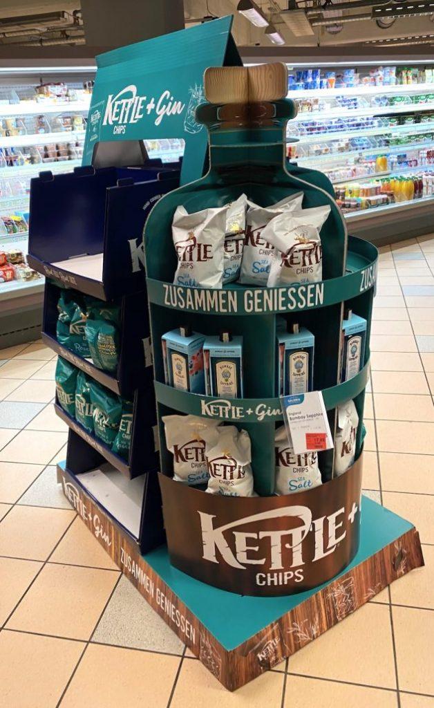 Kettle Chips + Gin mit gemeinsamen POS-Display