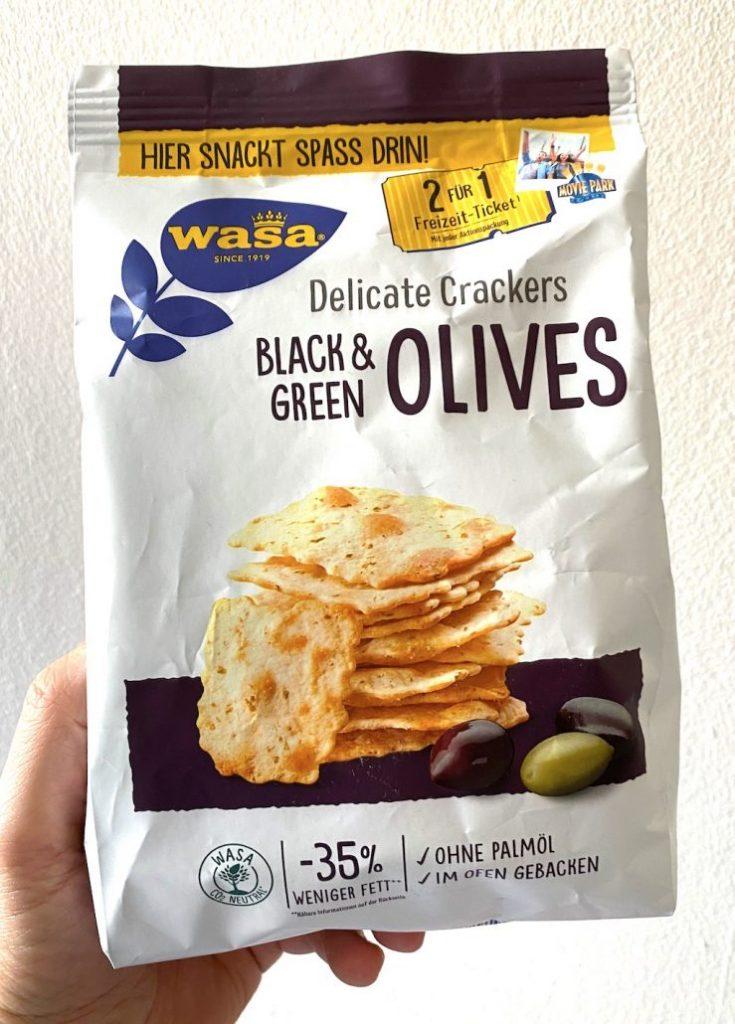 Wasa Delicate Crackers Black+Green Olives weniger Fett