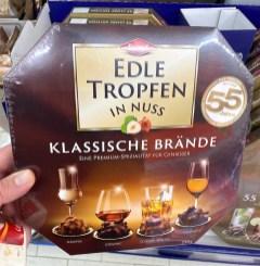 Krüger Trumpf Edle Tropfen in Nuss Klassische Brände Grappa-Cognac-Scotch Whiskey-Calvados 250G 55 Jahre