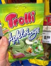 Trolli Apfelringe Das Original mit Vitaminen und Apfelsaft 200G