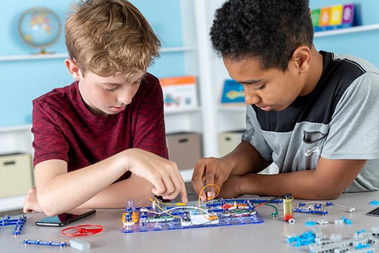 STEM:IT Robotics and Circuitry Kit