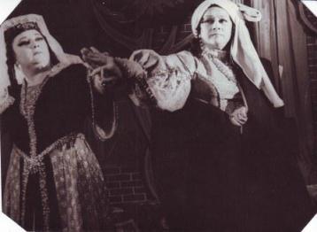 Л. Хачатурян (Кабато), Ю.Колесниченко (Ханума)